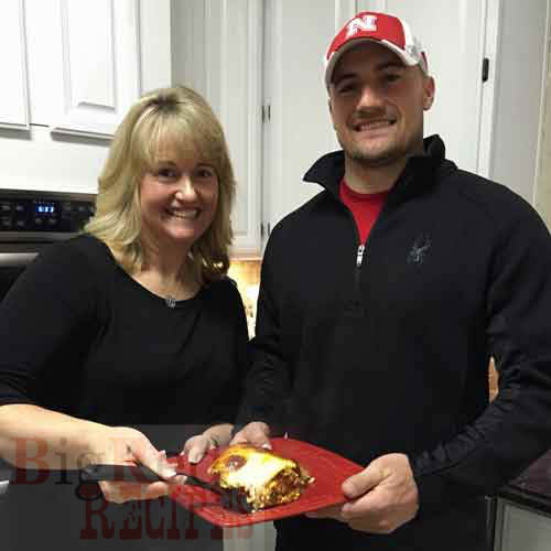 Former Huskers dish on their favorite recipes for cookbook